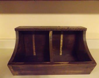 primitive nesting box