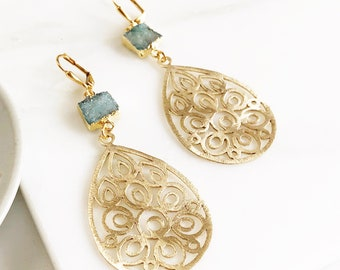 Druzy Chandelier Statement Earrings.  Dangle Earrings.  Statement Earrings. Jewelry Gift. Modern Fashion Drop Earrings. Chandelier Earrings.