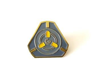 Tracer Pulse Bomb Brass Enamel Pin