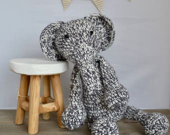 ELEPHANT PLUSHIE crochet 100% handmade