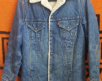 Sherpa lined Levis Denim Jacket Womens L Mens M