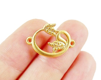 4 Small WAW Arabic Letter with Tulip Detail Connector - 22k Matte Gold Plated