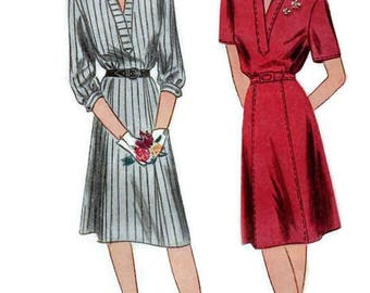 Simplicity 1113 Vintage Sewing Pattern 1940s Women's Casual Day Dress Pullover Loose Fit Shirtdress Size 14 Bust 32