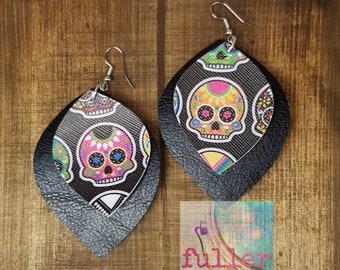 day of the dead earrings, sugar skull earrings, dia de los muertos, skull earrings, leather earrings, black leather earrings, sugar skull