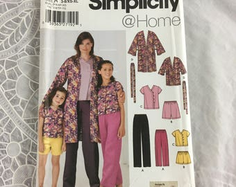 Simplicity 5324 Sewing Pattern Child's and Misses Pants or Shorts, Top and Jacket All Sizes Included / Simplicity @Home / loungewear