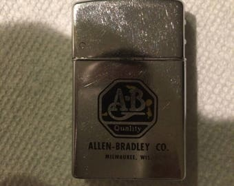 Vintage BROWN & BIGELOW Wind Masters Advertising Cigarette Lighter