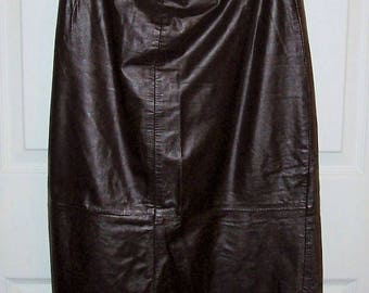 Vintage Ladies Brown Leather Maxi Skirt Size 7/8 Only 5 USD