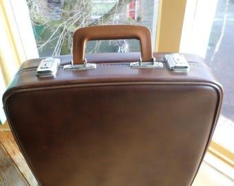 Vintage suitcase * valise * koffer, original 1960s.