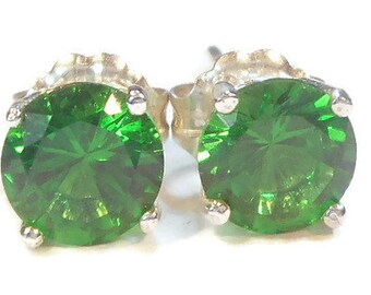 Emerald Green Stud Earrings,6mm Emerald Studs,Green Emerald Earrings,Sterling Silver Post,Simulated Emerald Earrings,May Birthstone