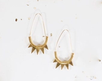 earring  in gilt brass with pikes