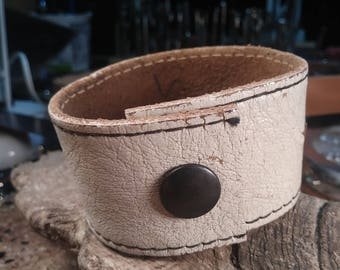 Upcycled, reclaimed, repurposed, recycled, upcycled, white, distressed leather bracelet with black stitching. #1017
