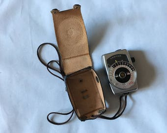 Vintage Lentar Exposure Light Meter With Leather Case
