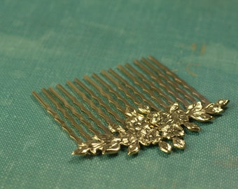Gold bridal hair comb vintage style antique floral victorian wedding hair accessory