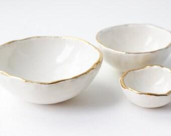 Catchall bowls-White Gold Jewelry Nesting Bowls (Nidum)