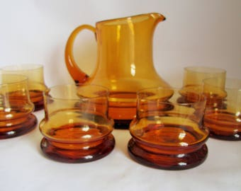 Mid Century Amber Glass Jug/Pitcher & Tumbler Glasses Set. Scandinavian Wide Bottom Hooped Glass Jug with 6 matching Glasses