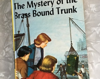 Nancy Drew Mystery of the Brass Bound Trunk Original Text Yellow Spine Picture Cover Tandy FP