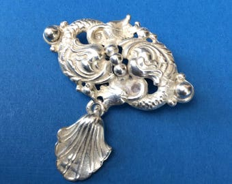 Beautiful Vintage Sterling Silver Renaissance Fish Brooch with Dangling Shell by Cini