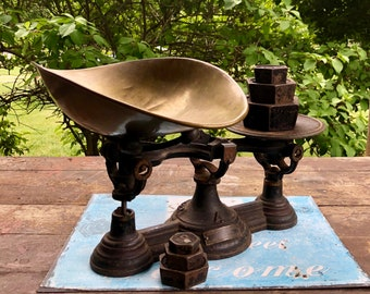 Antique Cast Iron Scale with Weights/ Henry Troemner Antique Scale / Balance Scale / Brass and Cast Iron Scale / Vintage Scale / Rustic Home