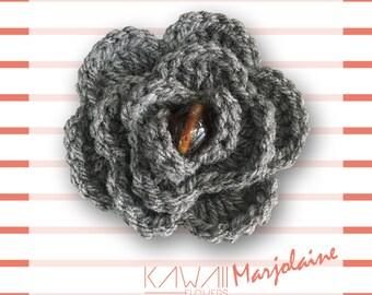 "Brooch / Barrette ""Marjoram"" - flower wool gray and Brown Pearl Center [KAWAII Flowers] - birthday gift, party, birth..."