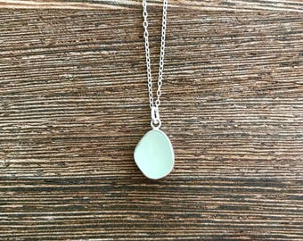 Sea glass necklace, sea glass jewelry, seaglass necklace, sea glass pendant, seaglass pendant, birthday gift, 30th birthday, gift for her