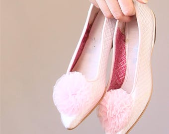 1960's shoes baby pink quilted satin boudoir pouf slippers ballerina flats ballet tulle pom poms size 5 UK 3 Euro 35 36 slip ons 1970's 60's