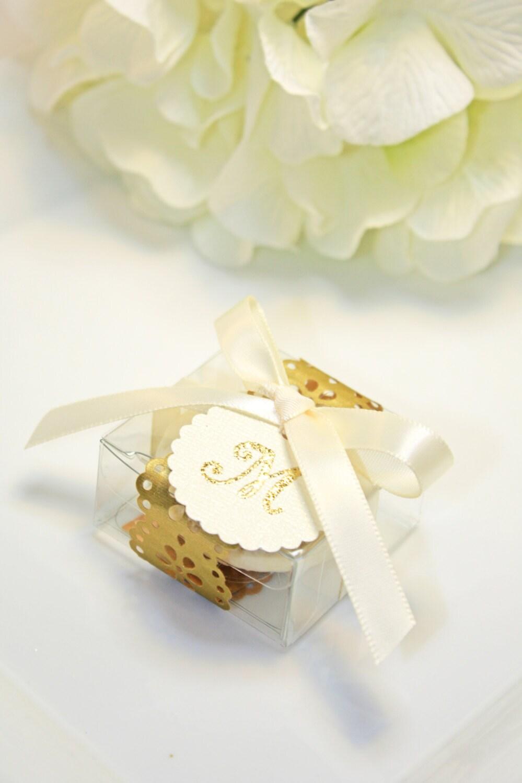 Golden Doily Favor box, Gold Macaron Wedding Favor Box - 30 Gold ...