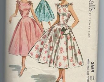 Simplicity 3659  Vintage 1950's Sleeveless Dress & Petticoat