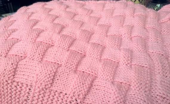 REALISTIC Basket Weave Knit Pattern In Baby Blanket or