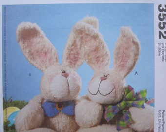 UNCUT Cuddling Bunnies - McCall's Crafts Sewing Pattern 3552