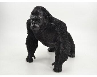 Statue de singe Gorille, en résine, couleur noir. Hauteur 34 centimètres