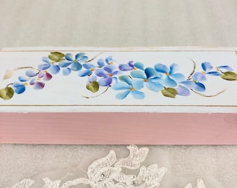 Set up dominoes in a darling hand painted wooden box shabby chic Victorian style