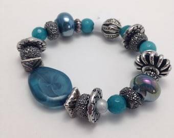 Bracelet various teal and silver beads