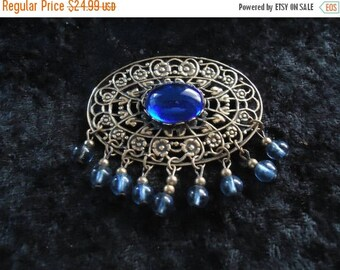 ON SALE Vintage Blue Brooch Pin Retro Collectible Costume Jewelry 60s