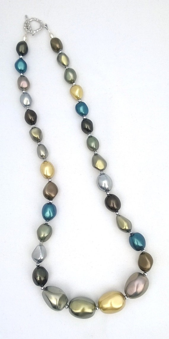 Graduated Shell Necklace, Shell Necklace, Silver Necklace, Turquoise Necklace, Multi-Color Necklace,