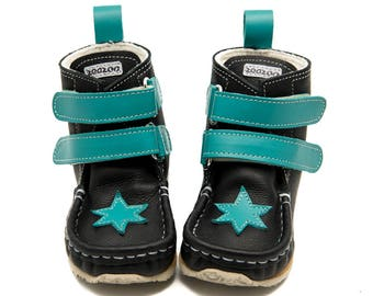 Black/turquoise Boots,Star,velcro fastening,100% sheepskin lining, Vibram®superflex sole,water resistant,sizes EU 18 to 31-US 3.5 to 12.5