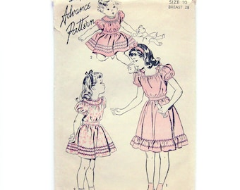 Girls' Dress Pattern / Peasant Style Dress / Puff Sleeves / Ruffles / Panties / 1940s Sewing Pattern / Advance 4248 / Size 10 / Breast 28