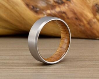 Titanium Wedding Band and White Oak, Men's Wedding Band - Men's Wedding Ring, Woman's Wedding Ring, Unique Wedding Band