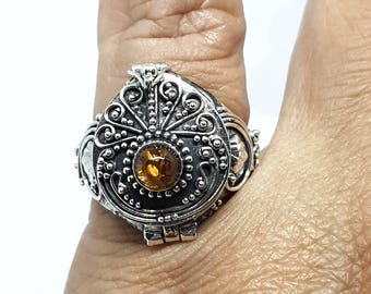 SEMERU Bali Design Bali Silver Poison Ring with semi precious stone