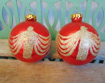 Vintage Glass Christmas Decoration, Red Ornament with Gold Glitter, Farmhouse Christmas Decor, Mid Century Bulb Ornaments, Set of 2