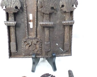 Exceptionally Rare French Antique Lock Made Circa 1610 (W470)