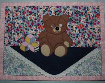 Brown bear cardboard painting pen