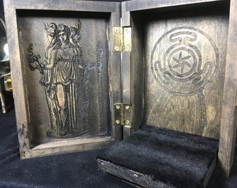 Hekate Portable Travel Altar Box