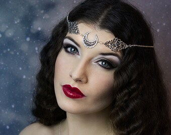 Headchain 'Crescent moon', swarovski crystal beads, head chain, art deco, gothic, goddess, silver plated  * Elegant Curiosities *