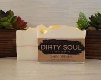 Coconut Milk Soap | Floral & Fruity Scent | Daisy Chain | Cold Process Soap | Palm Oil Free | Olive Oil Soap | Coconut Oil Soap