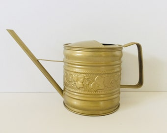 Vintage Gold Metal Watering Can - Cotage Garden Decor - Shabby Chic Garden Art - French Country Decor - Patio Porch Decor -  Gardeners Gift