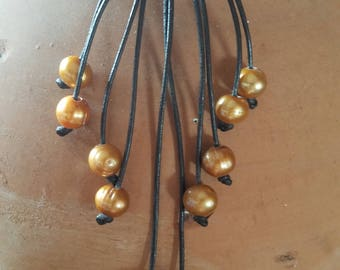 Leather and Fresh Water Pearls Necklace