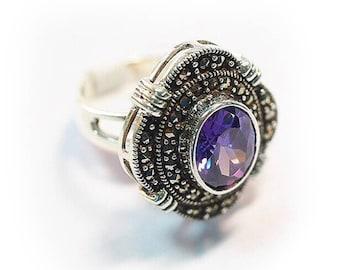 Stylish Handmade Lavender Ring White