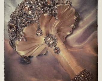 Antique Very Vintage Wedding Brooch Bouquet. Deposit on Crystal Bling Brooch Bouquet. Diamond Jeweled Bridal Broach Bouquet