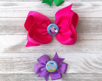 Peppa Pig hair how set, fluffy and large peppa pig hair bow. Peopa pig birthday hair bow, peppa pig theme hair bow set