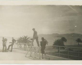 Viewpoint: Vintage Snapshot Photo, c1940s [81641]